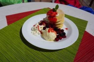 ベリーベリータワーパンケーキ